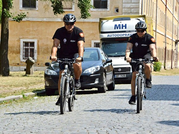 Cyklohlídka strážníků Městské policie Jaroměř.