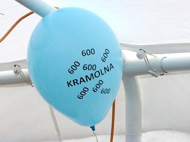 KRAMOLNA oslavila 600 let důstojně. Zábavu připravili pro všechny generace.