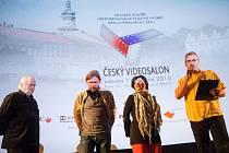 Tradiční krajská filmová soutěž pro Královéhradecký kraj s názvem Český Videosalon se přesunula z Hradce Králové do Nového Města nad Metují.