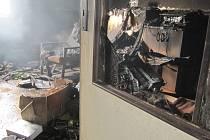 Požár rodinného domu ve Vysokově způsobil statisícovou škodu.