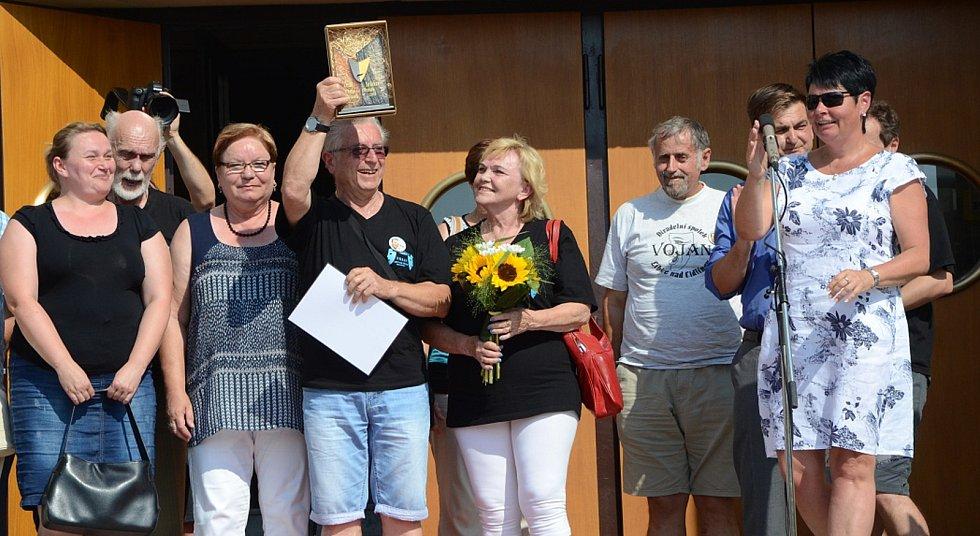 Cenu Pavla Dostála získal divadelní spolek Vojan z Libice nad Cidlinou.