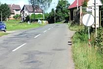 Silnice skrz obec Otovice u Broumova jitří emoce