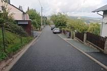 V Třešinkách mají obyvatelé novou asfaltovou cestu.