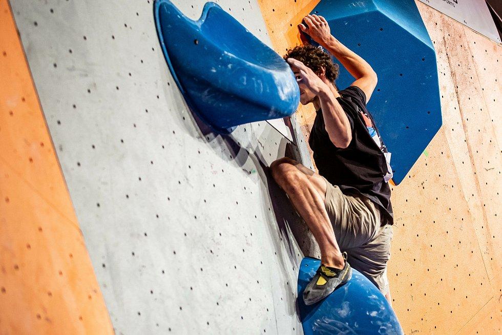 Mezinárodní horolezecký filmový festival a český pohár v boulderingu. Souboj mezi dvěmi nejlepšími lezci České republiky a to Michalem Stráníkem a Adamem Ondrou. Adam Ondra se představil i se svou přednáškou. Adam Ondra je jeden z nejlepší horolezců na sv