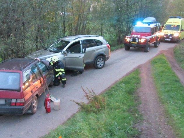 Srážka dvou aut v Heřmánkovicích.