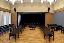 Malý sál Divadla J. K. Tyla v Červeném Kostelci.