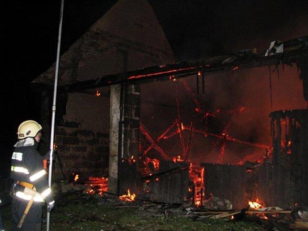 Požár stodoly na Honech.