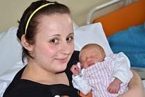 LUCIE LECNAROVÁ se narodila 10. února 2014 v 8:46 hodin s váhou 2885 gramů a délkou 45 centimetrů. S maminkou Alenou Líbalovou a tatínkem Pavlem Lecnarem mají domov v Polici nad Metují.