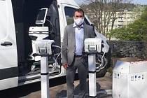 Náchodská nemocnice má čtyři nové plicní ventilátory.