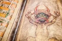 VZÁCNÉ BIBLE v Regionálním muzeu Náchod.