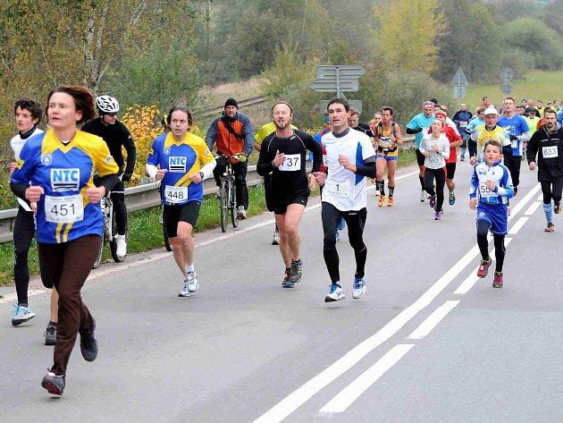 Osmapadesátý ročník silničního běhu Hronov-Náchod se koná už 24. října.