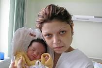 TEREZA KINLOVÁ se narodila 18. února 2010 v 16:23 hodin s váhou 2,795 kg a délkou 47 cm. S rodiči Šárkou a Milanem bydlí v Broumově.