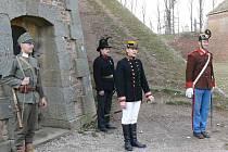 U pevnosti Josefov.