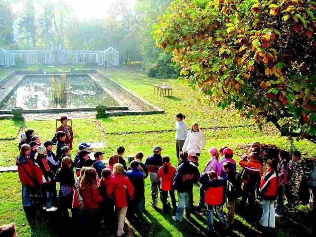 CENTRUM ROZVOJE připravilo pro děti z Č. Skalice ve Vile Čerych ekologický program.