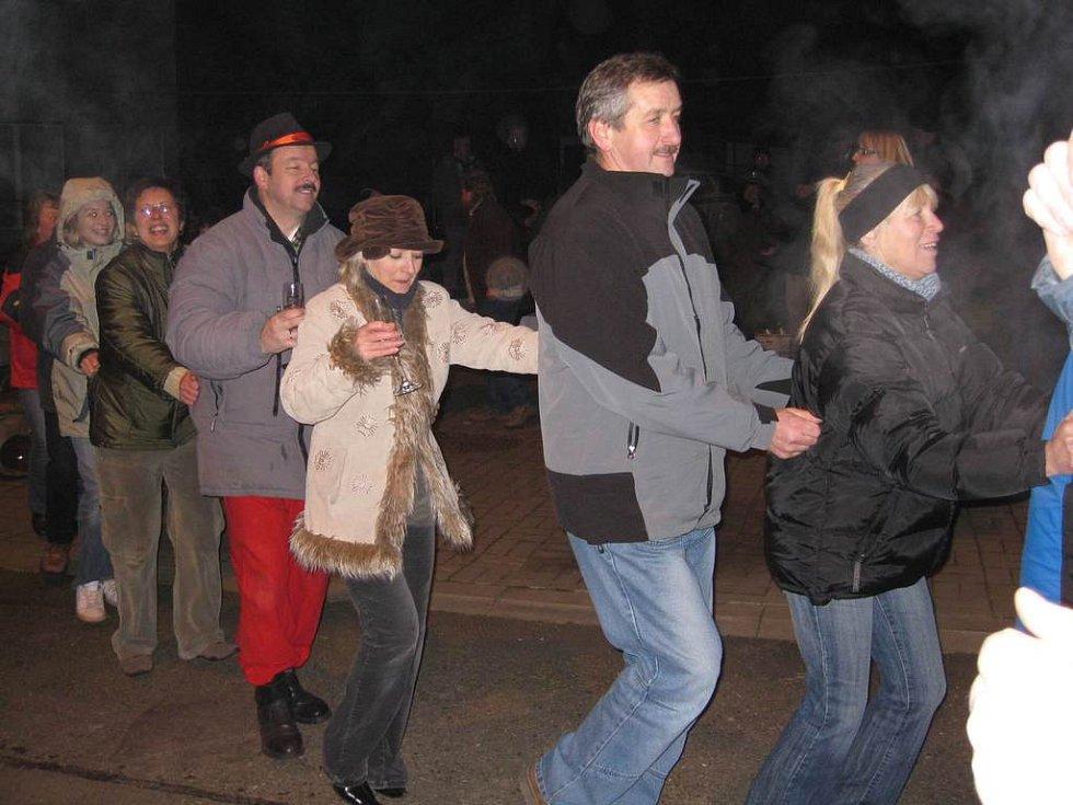 Oslavy vstupu Česk a Polska do Schengenu byly vesměs bujaré.