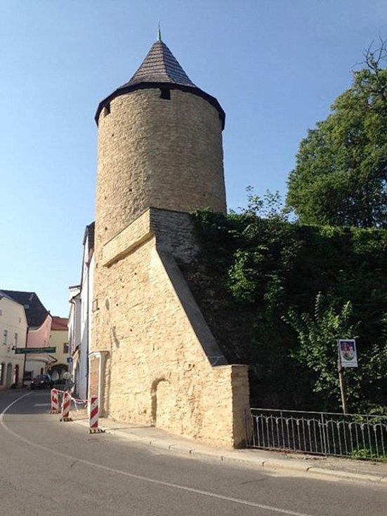 Věž Zázvorka v Novém Městě nad Metují.