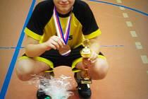 NOHEJBALISTA Václav Pohl vybojoval na republikovém šampionátu hraném ve Zbečníku bronzovou medaili.