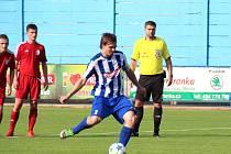 NÁCHODSKÝ kapitán Jan Kábrt neproměnil na konci první půle pohárového zápasu s Trutnovem penaltu.