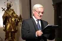 Slavnostní koncert slova a hudby s názvem Rodné zemi, jenž se konal k výročí vzniku republiky, se uskutečnil v náchodském kostele sv. Vavřince.
