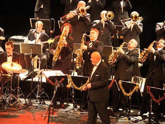 S orchestrem