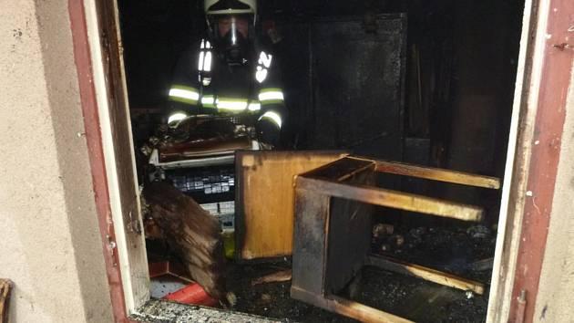 Hořela kůlna. Plameny napáchaly škodu za 60 tisíc.