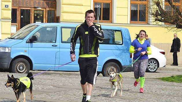 Charitativní běh pro broumovský útulek.