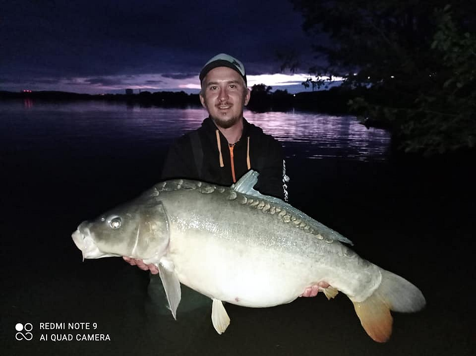 Na Rozkoši s oblibou rybaří také Karel Kábrt.