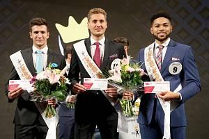 Celostátní finále jubilejního 20. ročníku soutěže Muž roku 2019 se uskutečnilo v Městském divadle Dr. Josefa Čížka v Náchodě.