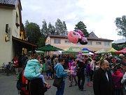 Svatojánský jarmark nabídl sobotu plnou zábavy.