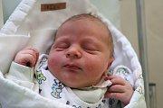 DAVID JEŽEK je na světě! Chlapeček se narodil 12. března 2018 v 15.42 hodin, vážil 4235 g a měřil 50 cm. Šťastní rodiče Aneta Hynková a Martin Ježek jsou z Jaroměře a mají ještě tříletého Martínka.