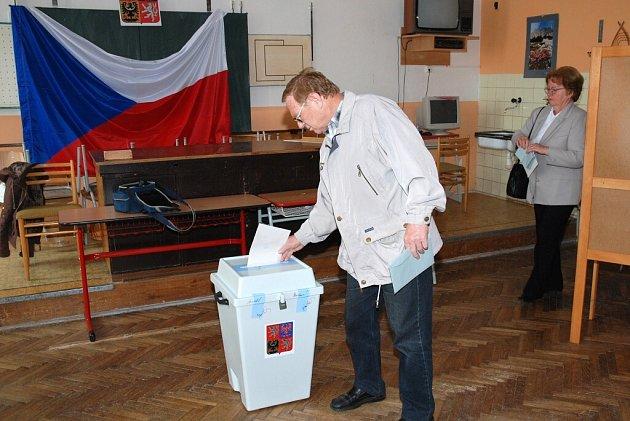 Volby do Evropského parlamentu v Hronově.