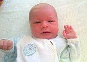 VÁCLAV KUDLÁČEK ze Semonic se narodil 16. srpna 2017 v 0:44 hodin šťastným rodičům Janě a Janovi Kudláčkovým. Chlapeček vážil 3205 g a měřil 49 cm. Doma ho přivítala sestřička Anežka (2,5 let).