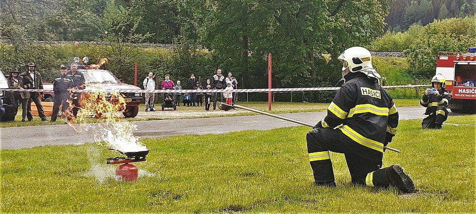 Dětský den s hasiči v Teplicích nad Metují.