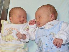 SEBASTIAN A VALERIE NOVOTNÍ se narodili 21. března rodičům Petře a Davidovi z Náchoda. Chlapeček vykoukl na svět ve 21.10 hodin, vážil 3080g a měřil 46 cm. Holčička se vyklubala o minutu později, vážila 2500g a měřila 45cm. Doma mají brášku Samuela.