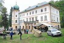 Poprvé po pěti set osmnácti letech dostala široká veřejnost možnost nahlédnout do interiérů zámku v Dolním Adršpachu.
