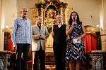 O nevšední hudební zážitek se v teplickém kostele postarali patnáctiletý saxofonista Márton Bubreg a jeho osmnáctiletý bratr,klarinetista Bence Bubreg, které doprovodila jejich maminka, varhanistka Linda Bubreg-Dobay.