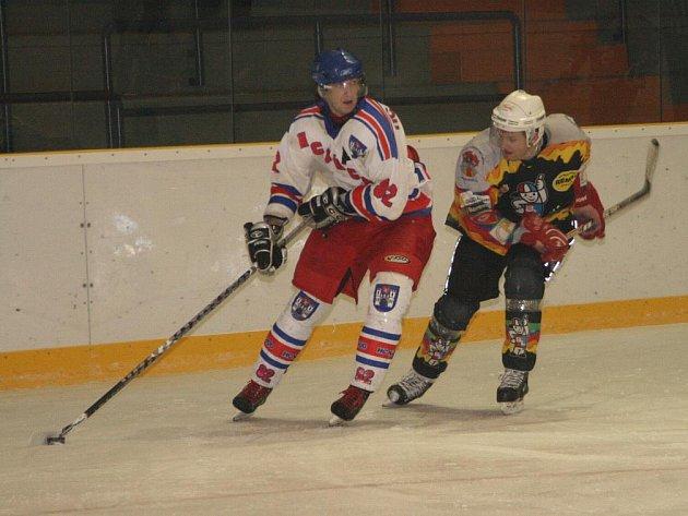 Na vysokém vítězství Náchoda v Novém Městě nad Metují se hned čtyřmi góly podílel Jan Hrabica.
