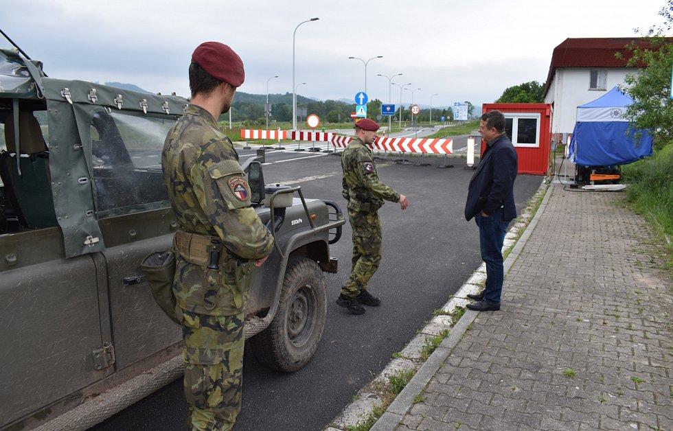 Bariéry na hraničních přechodech začínají mizet