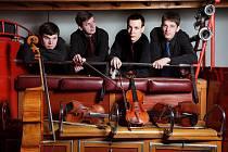 Čtvrtý ročník festivalu Za poklady Broumovska se pomalu chýlí ke konci. Zítra večer se v Otovicích v kostele sv. Barbory uskuteční předposlední festivalový koncert, který návštěvníkům nabídne vystoupení smyčcového Bennewitzova kvarteta (na snímku).