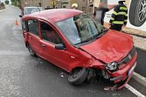 Dopravní nehoda dvou osobních vozidel v Jetřichově.
