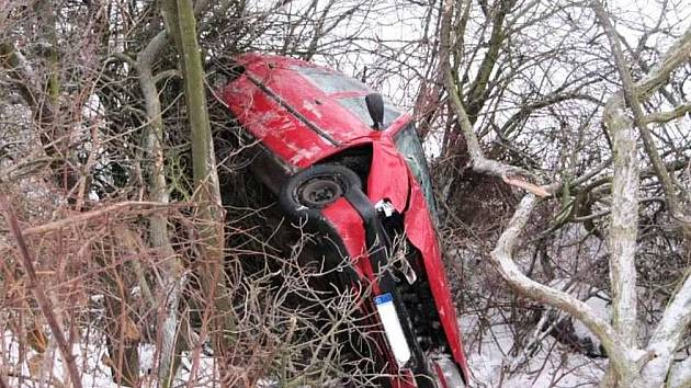 Nehoda ve Velichovkách.