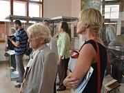 """VÝSTAVA nazvaná """"Osobnosti Náchoda"""", která se pojí s výročím 760 let od první písemné zmínky o městě Náchod, je k vidění ve výstavní síni regionálního muzea."""