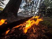 Požár hrabanky v Pekelském údolí.