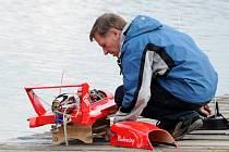 U rybníku Brodský se konalo už páté setkání lodních modelářů, které bylo zároveň ukončením letošní sezóny.