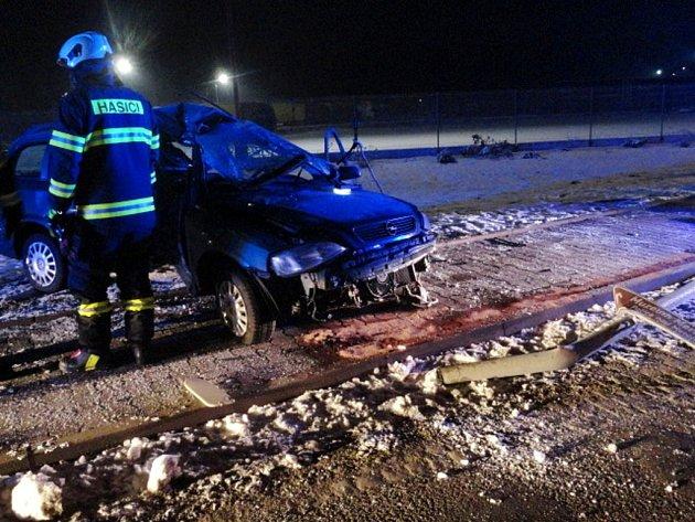 Havárie osobního automobilu vNáchodě-Bělovsi.