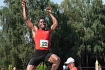 ROBERT MARTEY vyhrál v roce 2013 Velkou cenu Nového Města nad Metují výkonem ve skoku dalekém 781 centimetrů.
