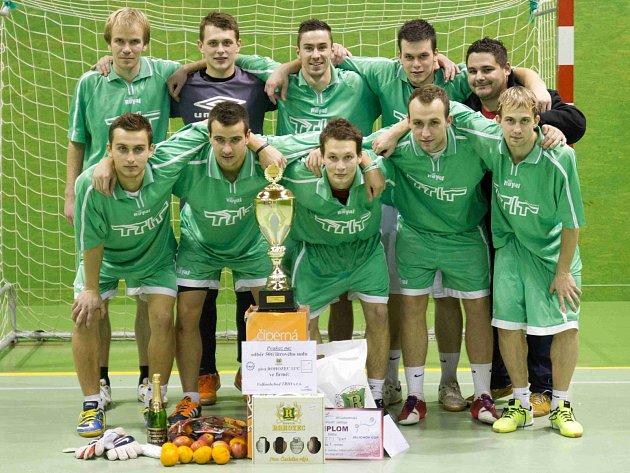 Z PRVENSTVÍ v jubilejním desátém ročníku Jelichov cupu se radoval T.T.I.Team.