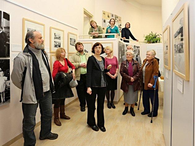 Fotografie z časů, kdy byl T. G. Masaryk prezidentem, jsou v těchto dnech k vidění ve výstavní síni Regionálního muzea na rohu Zámecké a Tyršovy ulice.