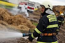 Požár stohu v Černčicích.