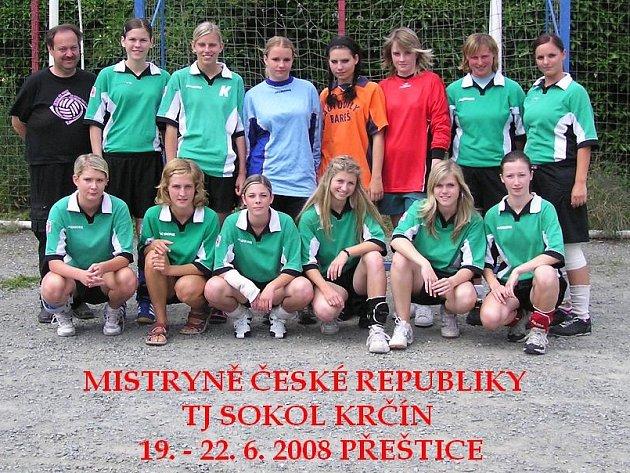Jediný bod ztratily v cestě za titulem mistryň České republiky dorostenky Sokola Krčín.